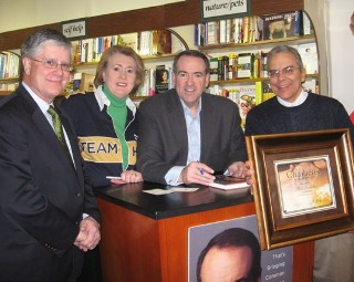 Mayor O'Neil, Janet & Mike Huckabee, and Gerald Coury