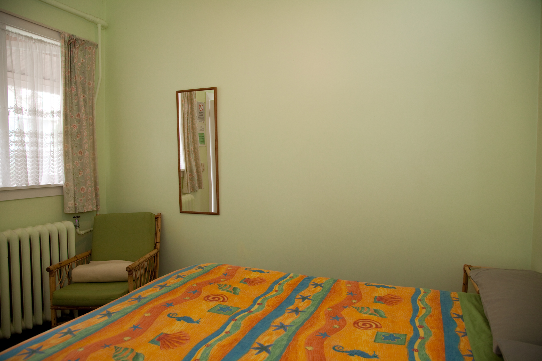 Double room Hostel share bathrooms
