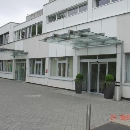 Vordach Spital Einsiedeln