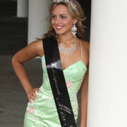 Jess is crowned Miss Teen World as a 15-year-old Whanganui High School student.