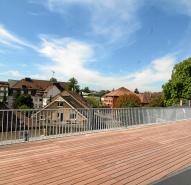 Dachterrasse mit Holz
