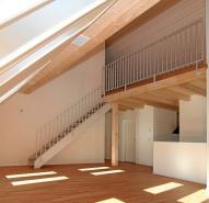 Stahltreppe mit Holzbelag