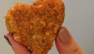 Vegan fried mac n cheese hearts