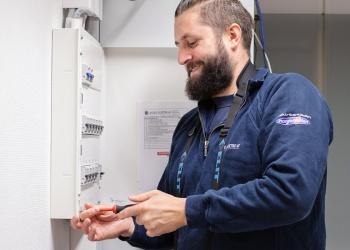 Elektriker på Sotra for elkontroll og sikringskap