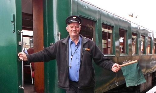 George Volunteer