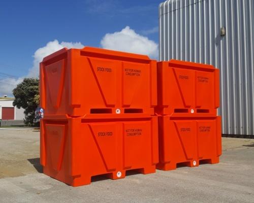 1250L Plastic Heavy Duty Hide Bin
