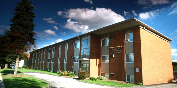 Bella dora apartments university of akron for One bedroom apartments in akron ohio