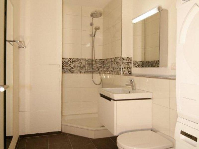 Kleine Bader Mit Begehbarer Dusche : kleines Badzimmer mit Dusche und ...