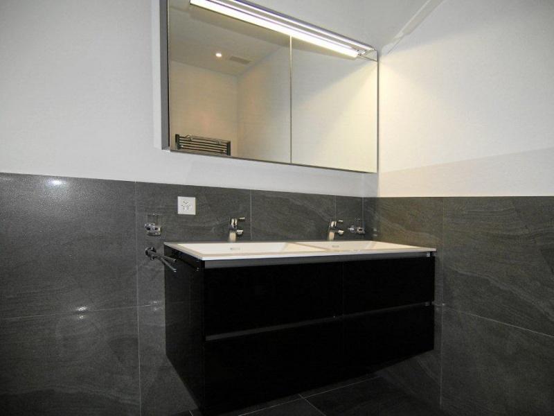 Dusche Sitzbank Hohe : Bäder Welcome Home Immobilien
