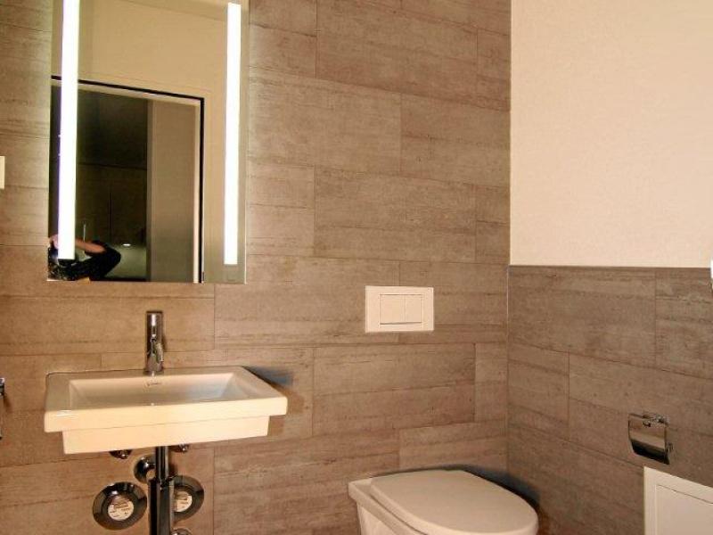 Gäste Wc Mit Bodenebener Dusche Und Mosaik Pictures to pin on ...