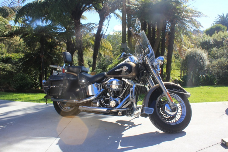 Harley Davidson Motorcycle Rental - Heritage Softail Classic